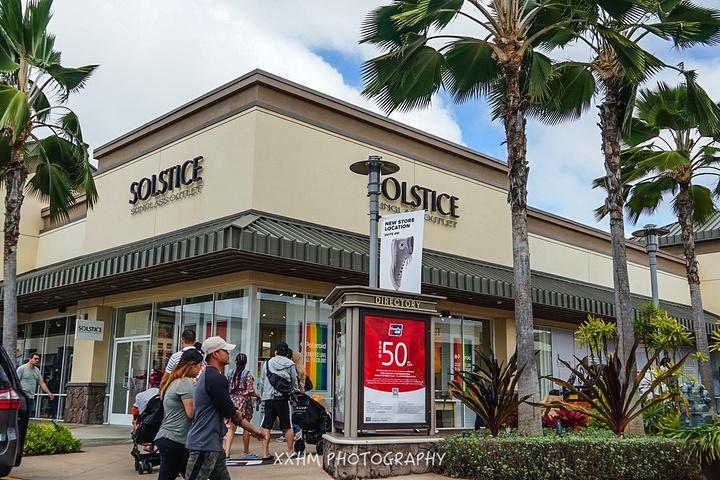 """""""作为欧胡岛唯一的奥特莱斯,当然是购物党必去多次之地,品牌不算太多,还算比较好买。需要提前预约喔_怀客乐奥特莱斯""""的评论图片"""