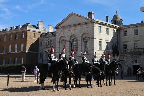 皇家骑兵卫队阅兵场旅游景点攻略图