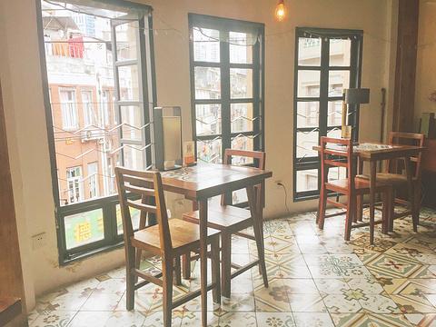 吉治百货(吉治百货&咖啡厅)旅游景点图片