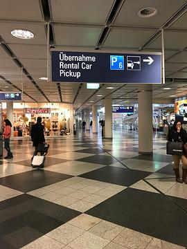 慕尼黑机场店免税店
