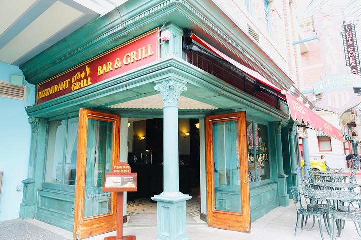 """""""美食推荐:推荐园区里KT's Grill 餐厅,薯条可以说是我吃过最好吃的薯条了,他家菜份量都..._环球影城美食广场""""的评论图片"""
