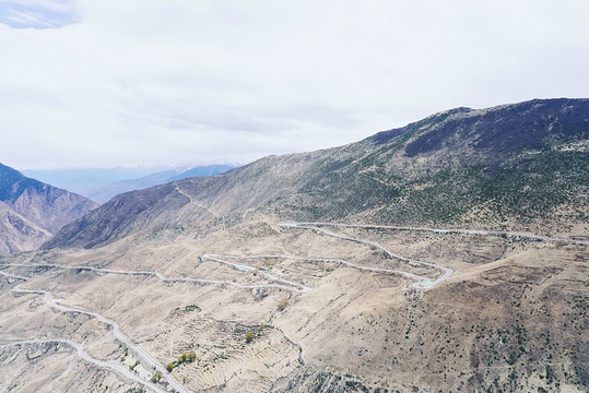 怒江72拐旅游景点图片
