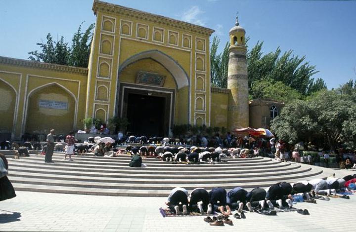 """""""艾提尕尔清真寺每天10:00-20:00开门,普通游客门票45元/人,穆斯林免费。艾提尕尔清真寺_艾提尕尔清真寺""""的评论图片"""