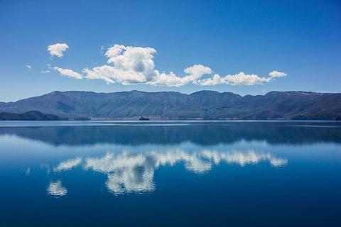 泸沽湖的图片