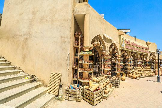 尼兹瓦集市旅游景点图片