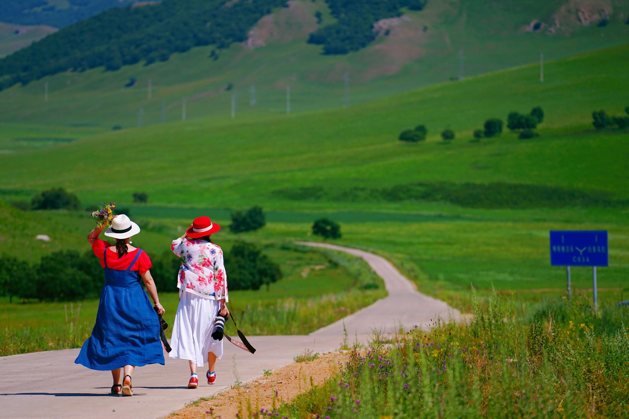 最爽的夏日自驾之旅,乌兰毛都草原,毕业旅行最佳地
