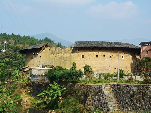 洪坑土楼民俗文化村旅游景点图片