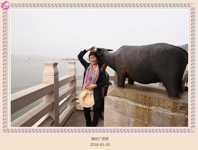 """""""向遏行云,声报林木,游人歌而驿客吟也;广济桥是中国也是世界上最早的一座开关活动式大石桥_广济桥""""的评论图片"""