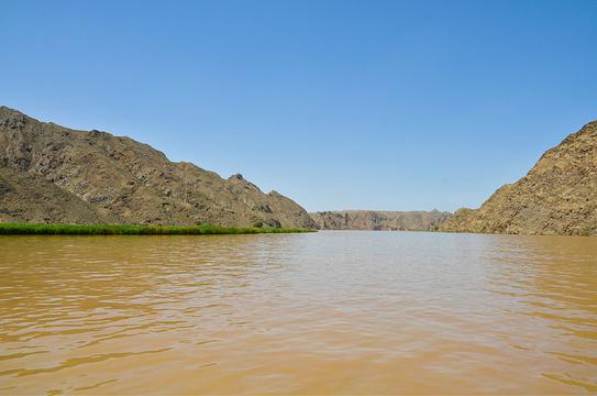 青铜峡黄河大峡谷旅游景点图片