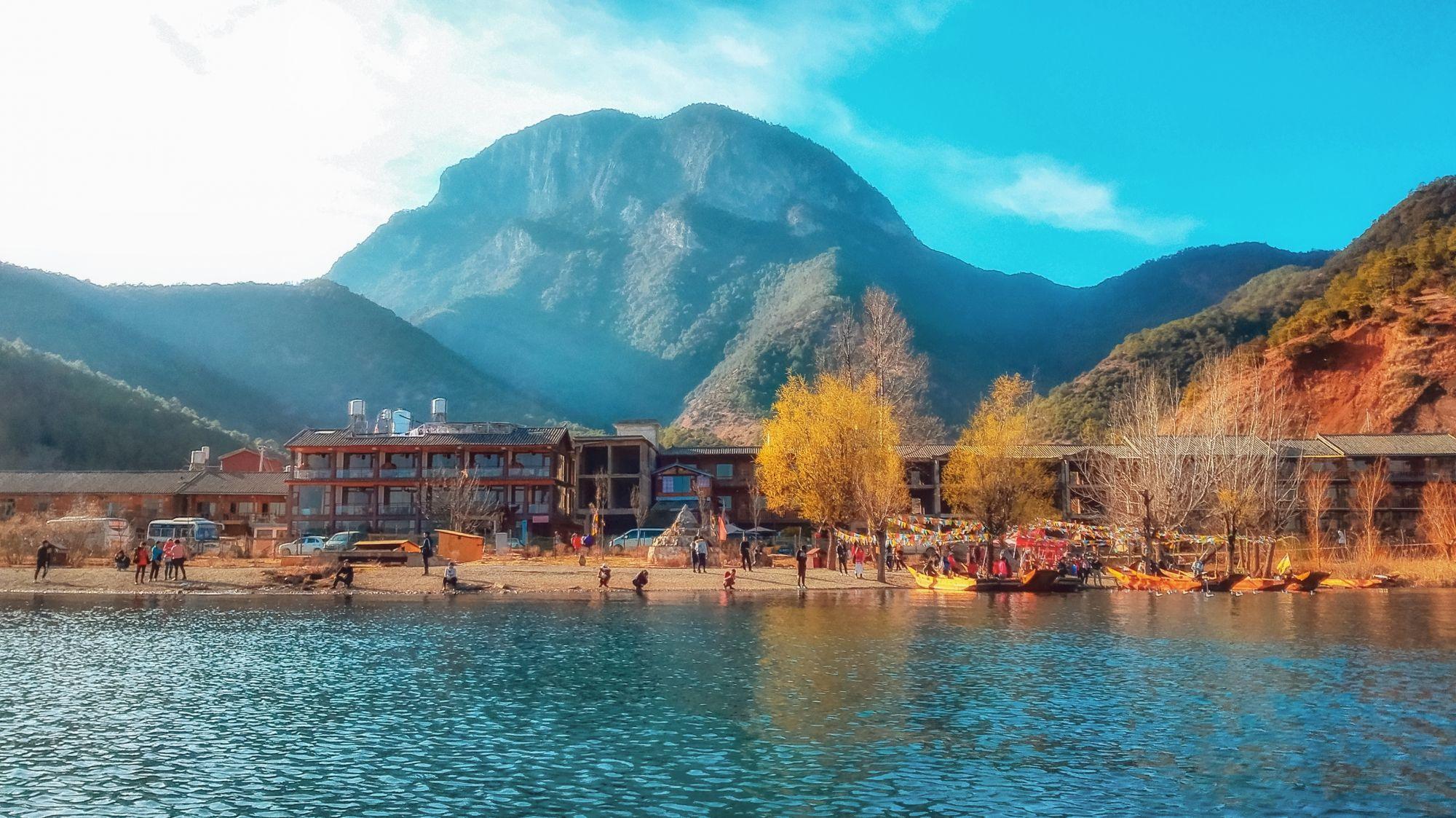 泸沽湖2日环湖游