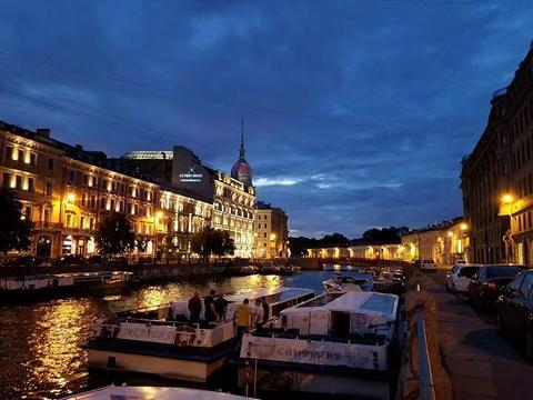 涅瓦河旅游景点图片