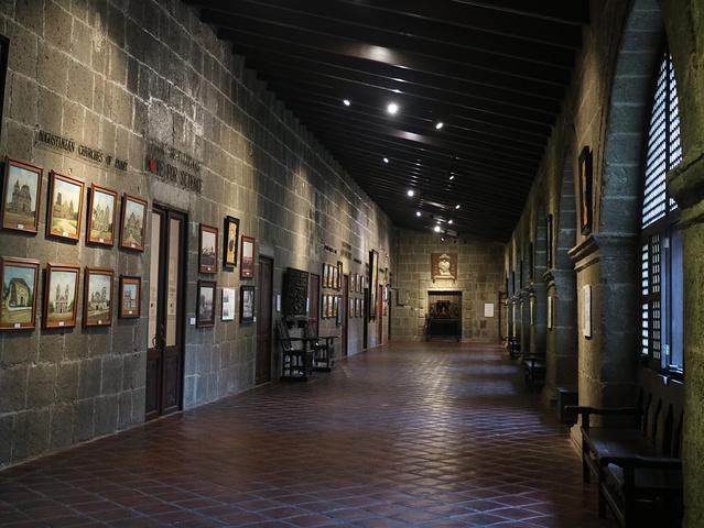 """100B/人,门票是一张明信片有很多展品,不仅仅是这些一个又一个的房间,还有走廊上也是_圣奥古斯丁教堂""的评论图片"