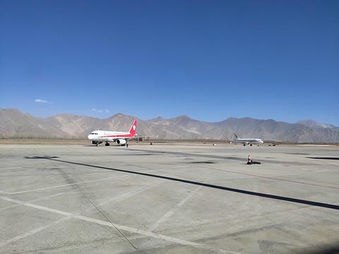 贡嘎国际机场旅游景点图片