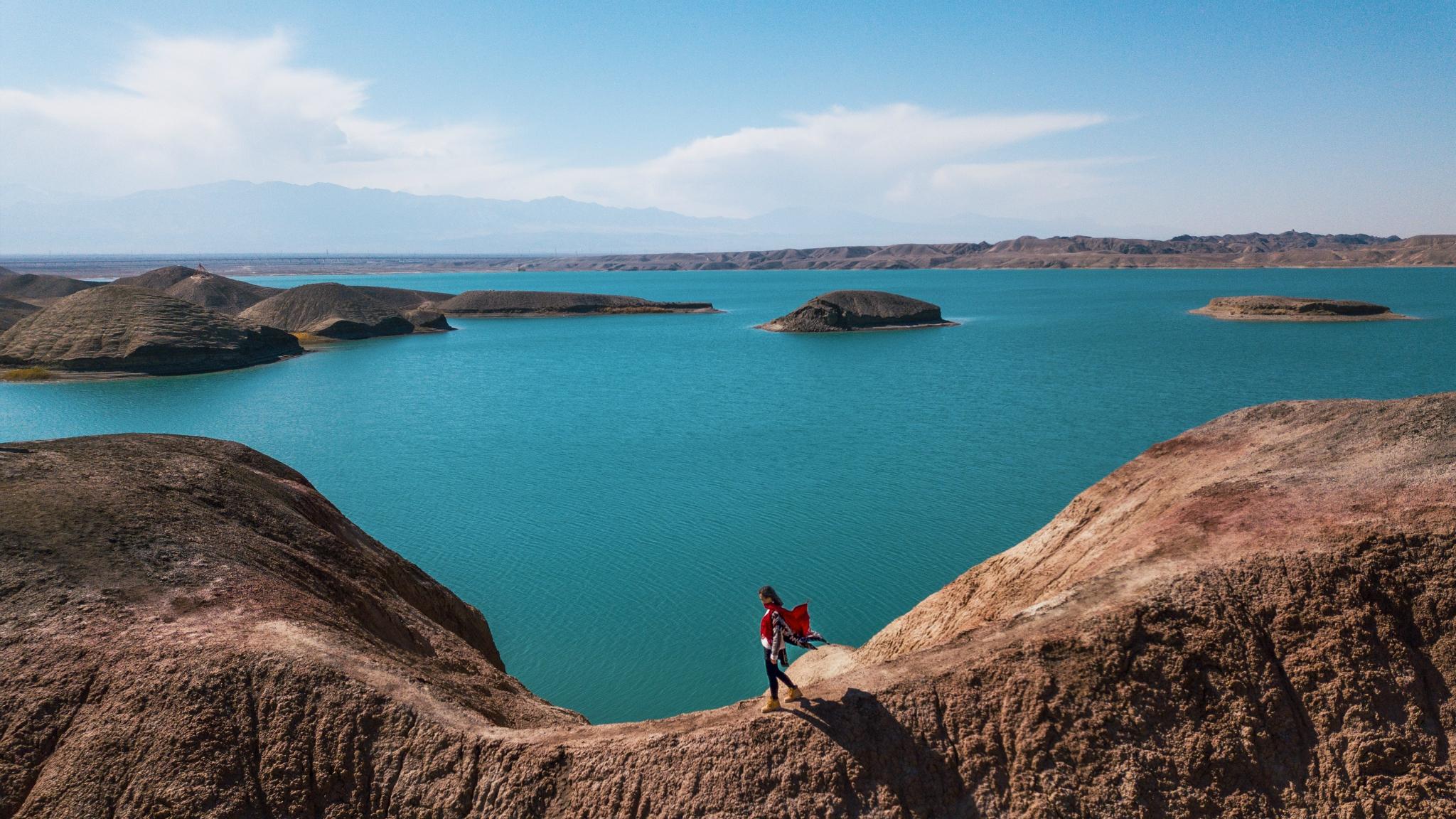 嘉峪关那些鲜为人知的美景,黑山湖、大峡谷、胡杨林,七日深度行