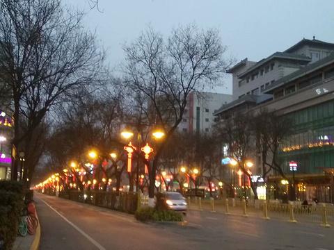 西安火车站广场旅游景点图片