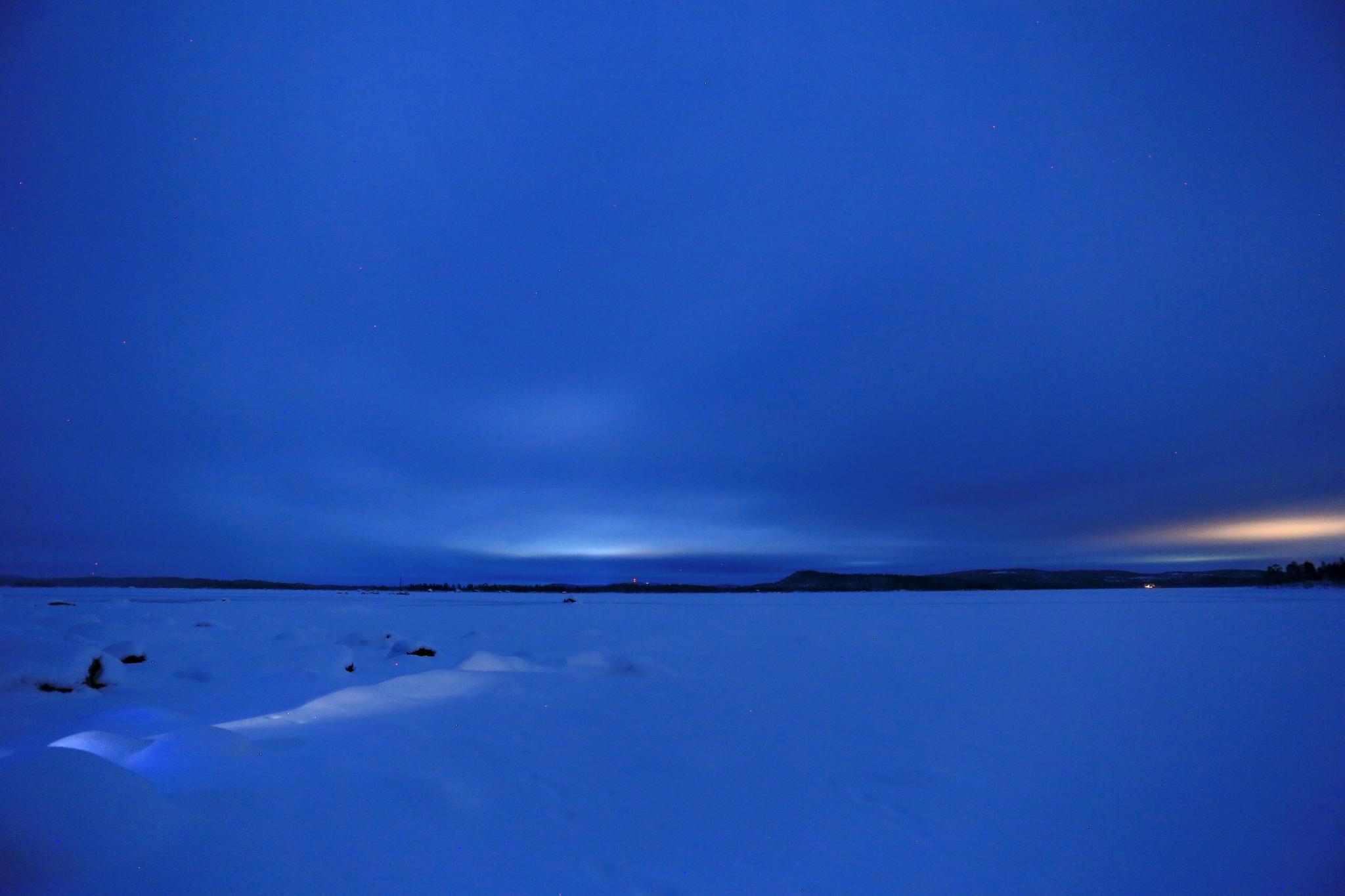 在芬兰跨越北极圈 邂逅神秘的欧若拉女神