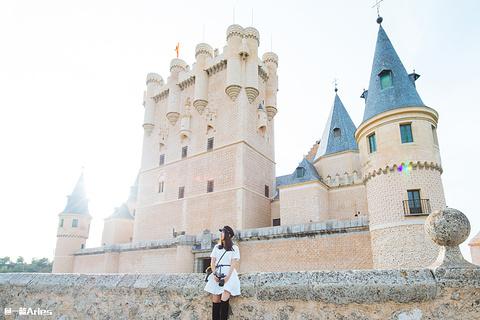 阿尔卡萨尔城堡旅游景点攻略图