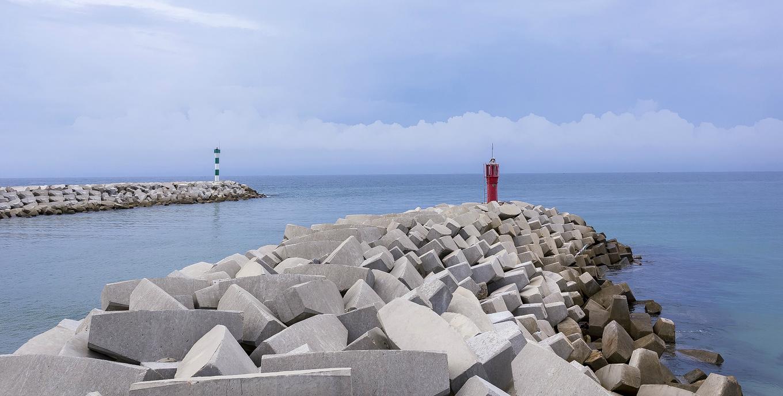 5、香水湾灯塔,守护的是渔民,拍出来是艺术图片
