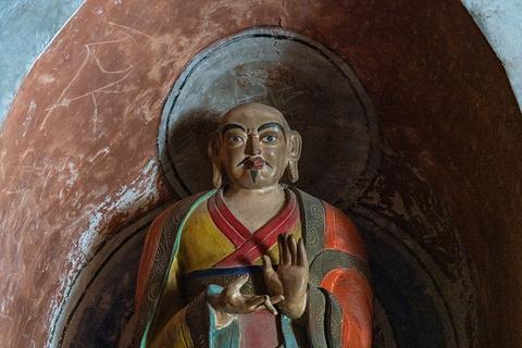 马蹄寺三十三天石窟