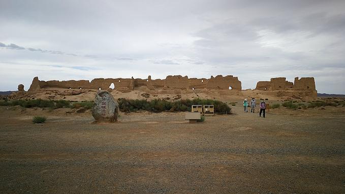 西千佛洞,阳关,玉门关,雅丹国家地质公园图片