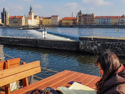 伏尔塔瓦河旅游景点图片