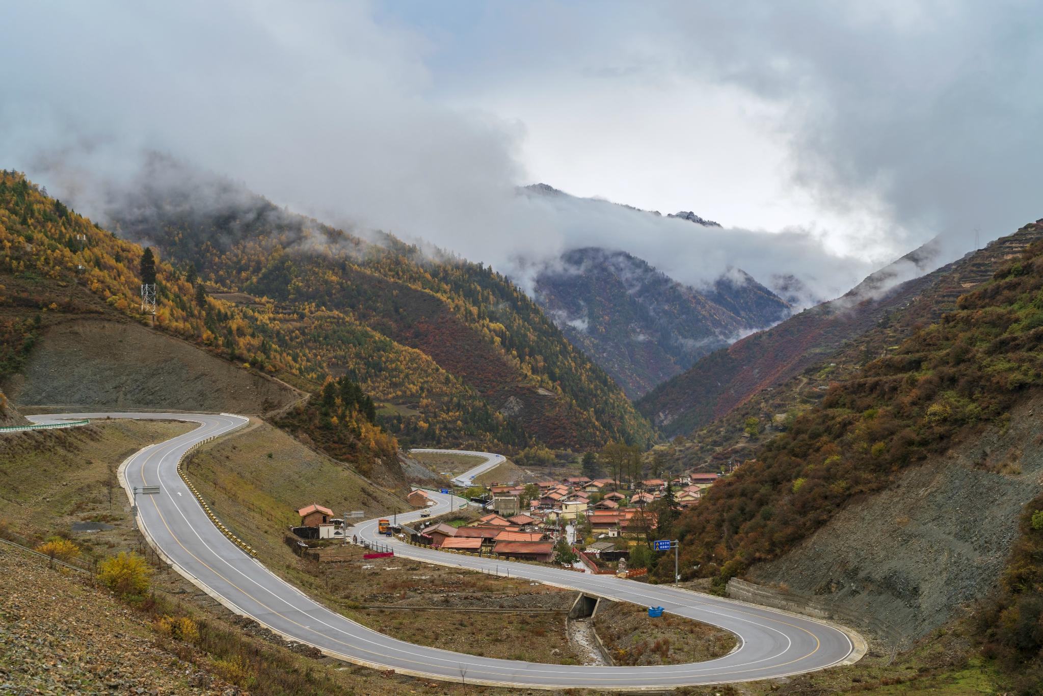 一条隐匿在岷山秦岭横断山脉川藏高原的秘境 很多人竟不知道!