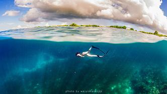 去薄荷岛学自由潜,那是潜入深海的快落呀!