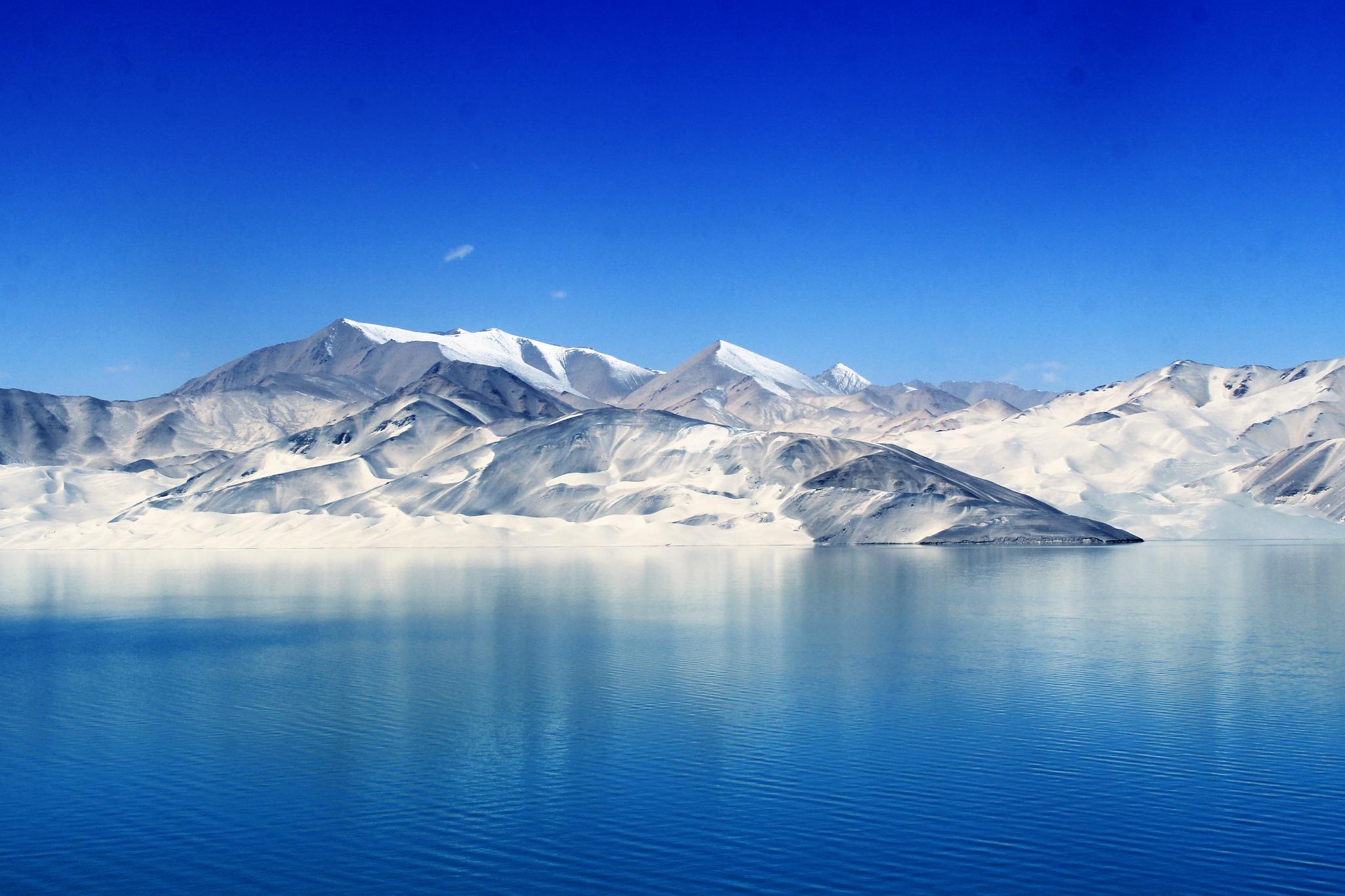 听遍山川风语,看尽湖海星辰,却说最美的风景还是你们