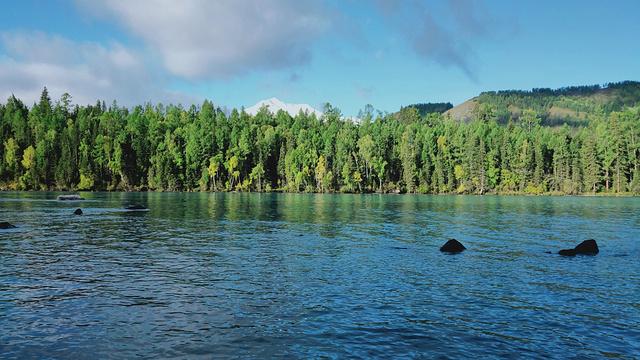 喀纳斯湖风景区旅游景点图片