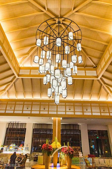 宿:古滇皇冠假日酒店图片