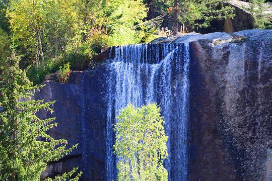 季兰德温泉旅游景点图片