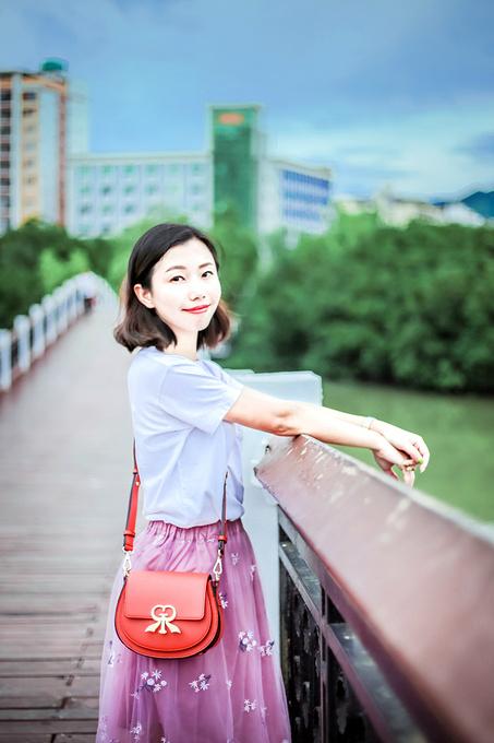 情人桥,跌宕起伏的彩虹桥图片
