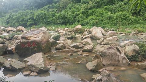 奇石河旅游景点攻略图