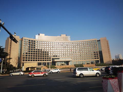 青岛市政府旅游景点图片