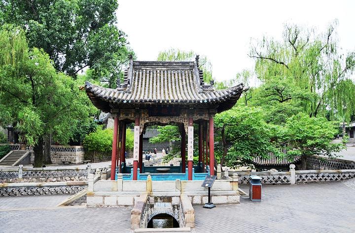 """""""太原市晋祠,中国现存最早的皇家园林,可以说是去太原的必打卡之地。殿内供奉着四十三尊彩塑_晋祠博物馆""""的评论图片"""