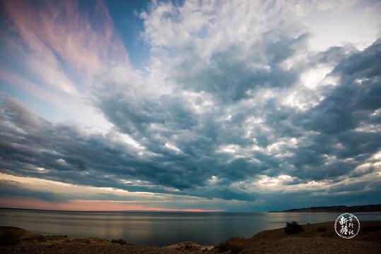 乌伦古湖旅游景点图片