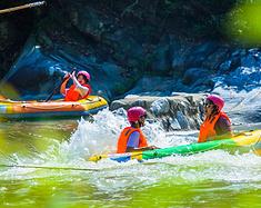 桃花冲矿泉水中玩漂流,可能这才湖北人民夏天的正确打开方式