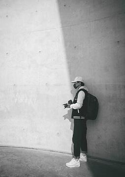谢子龙影像艺术中心旅游景点攻略图