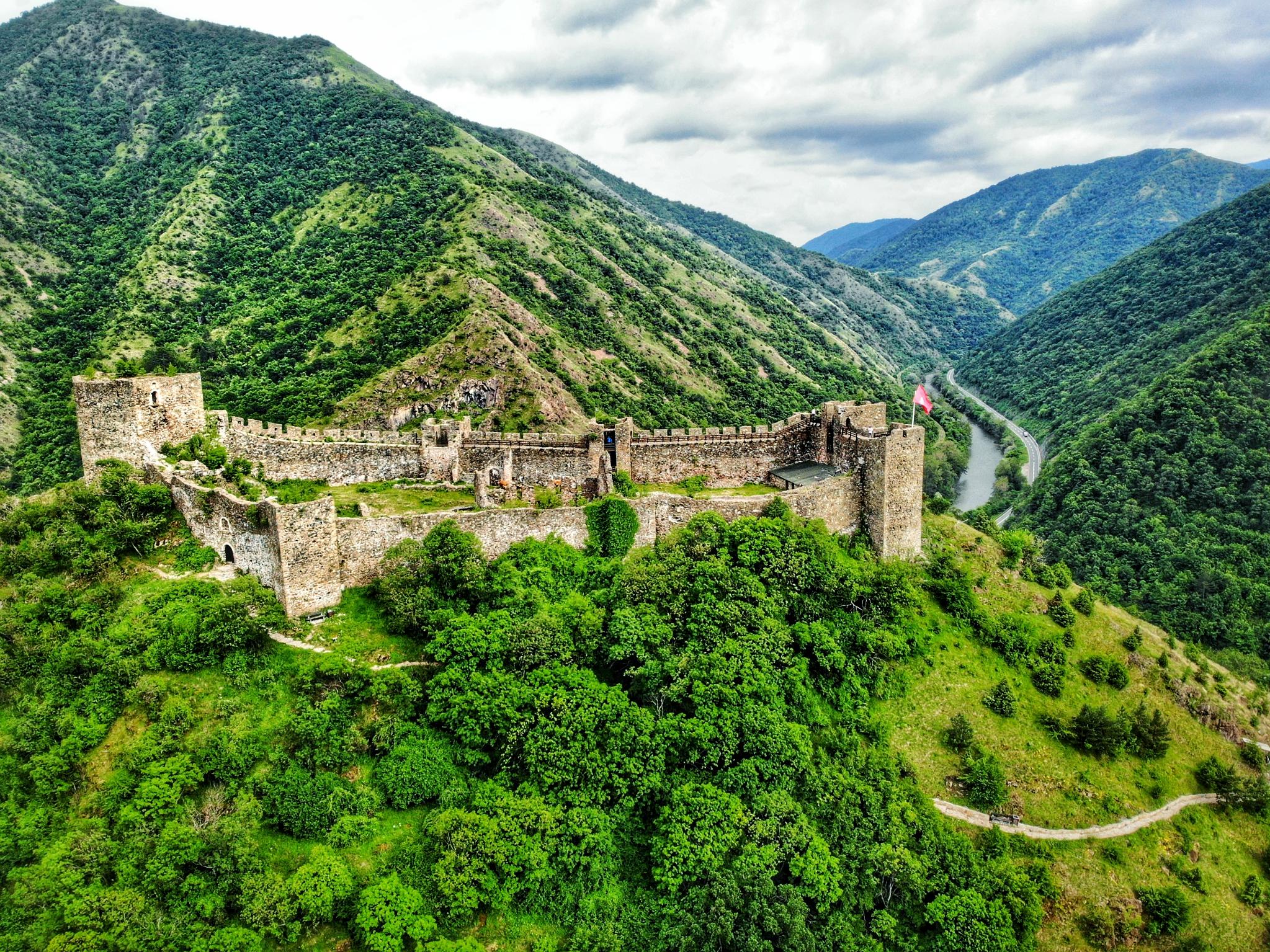 """【首发】巴尔干寻""""堡""""之旅:塞尔维亚、波黑、黑山不为人知的秘境"""