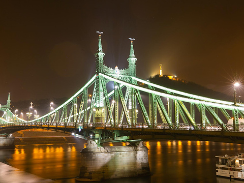 塞切尼链桥旅游景点图片