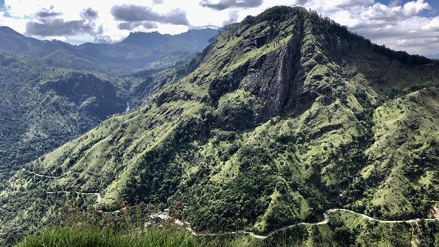 小亚当峰旅游景点图片