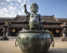 自驾去江苏宝华山 千华古村夜太美 1500年隆昌寺竟然是律宗第一山