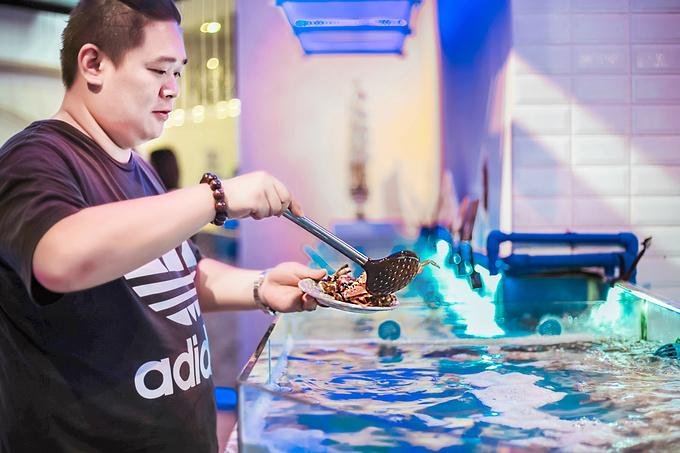 大悦洋海鲜自助料理餐厅,270度海景尽享如梦似幻的浪漫图片
