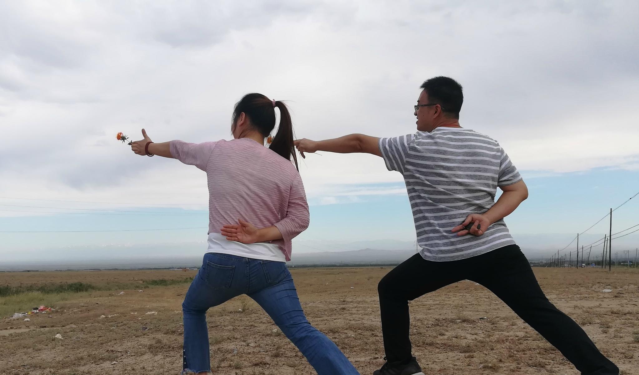 一家三代五口的浩浩荡荡——新疆西环线伊犁自由行
