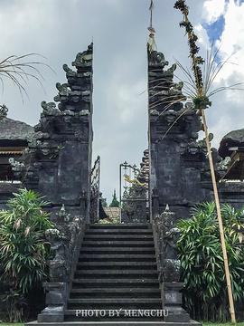 布撒基寺的图片