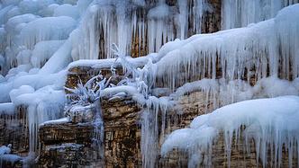 【人均30!】四九城的冰场还不开,我要去村儿里玩儿冰了!
