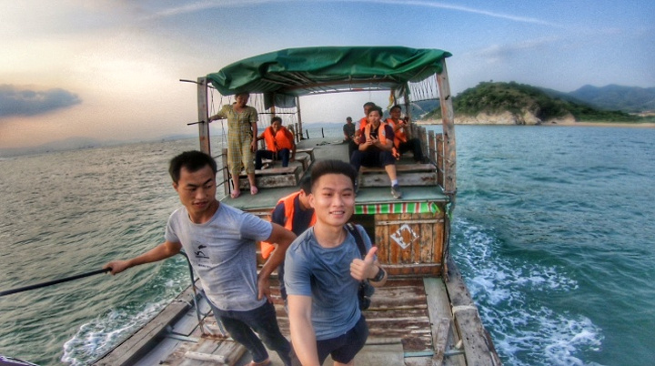 """""""惠州巽寮湾,一个极度适合懒人度假的地方,在这里慵懒放空!海上游玩。结果却很失望,全部都是小螃蟹和贝类_巽寮湾""""的评论图片"""