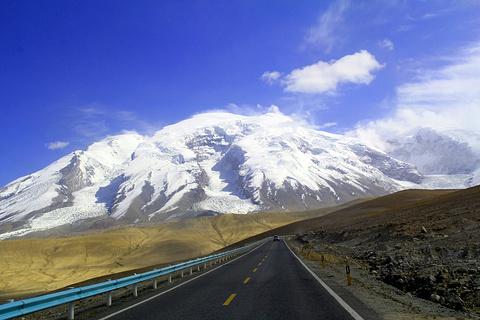 慕士塔格冰山旅游景点攻略图