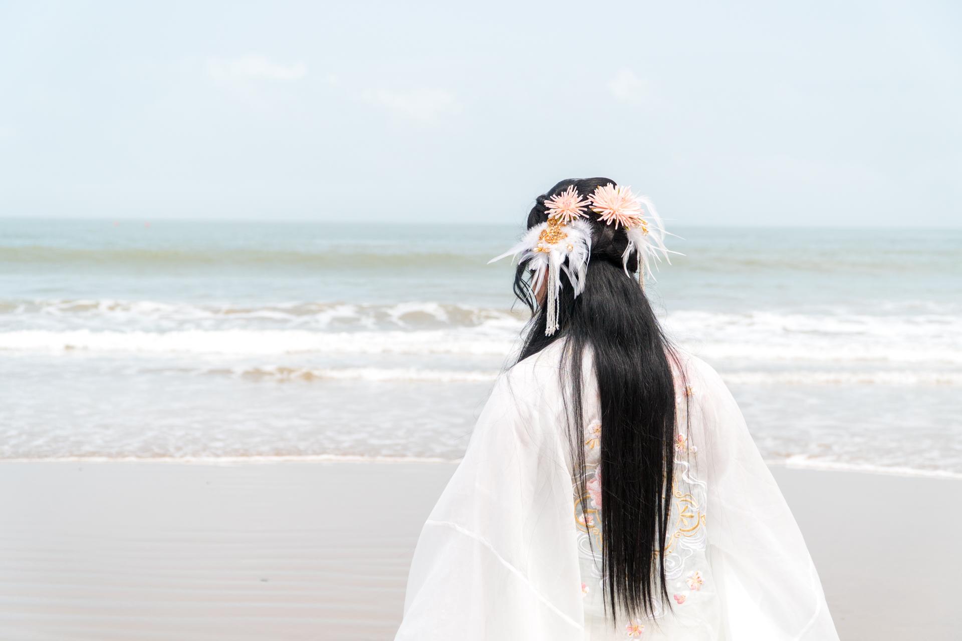 缤纷舟山,穿上汉服去旅行,在海天一色间体验轻纱薄袖的飘逸
