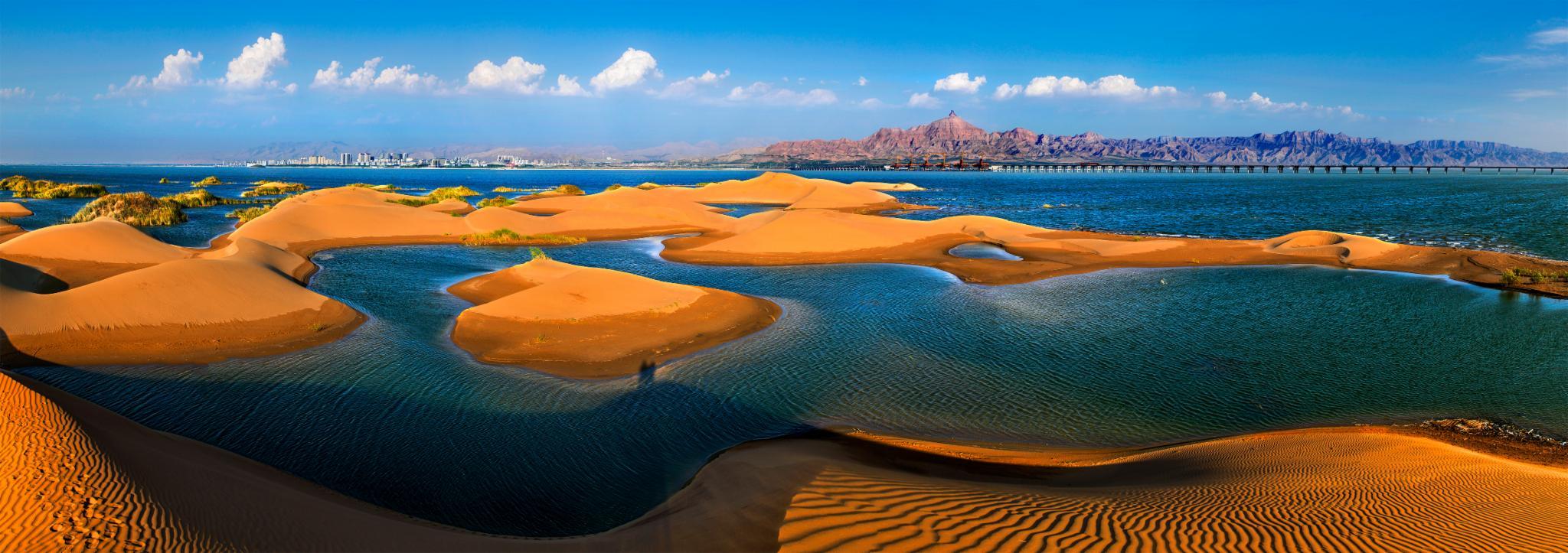 探秘沙海之城,开启奇妙的沙漠看海之旅